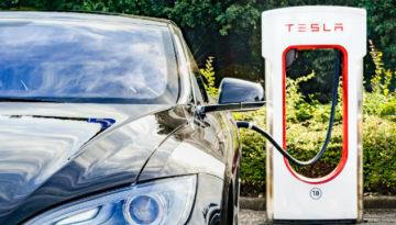 Import aut elektrycznych z USA