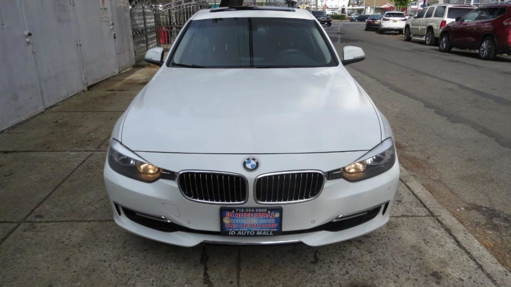 Aukcje Manheim.com na przykładzie BMW 328 IX
