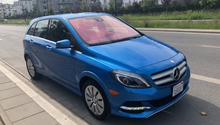 Elektryczny Mercedes B klasa – import bezwypadkowego auta z USA